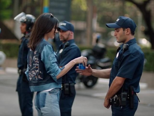 Kendall-Jenner-Pepsi-ad-1491400257-640x482